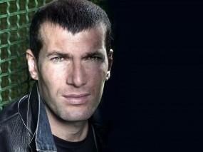 Обои Zinedine Zidane: Футбол, Футболист, Zinedine Zidane, Спорт