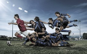 Обои Футболисты и мяч: Поле, Футбол, Мяч, Футболисты, Спорт