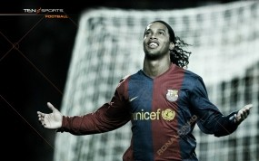 Обои Ronaldinho: Футбол, Футболист, Роналдиньо, Спорт