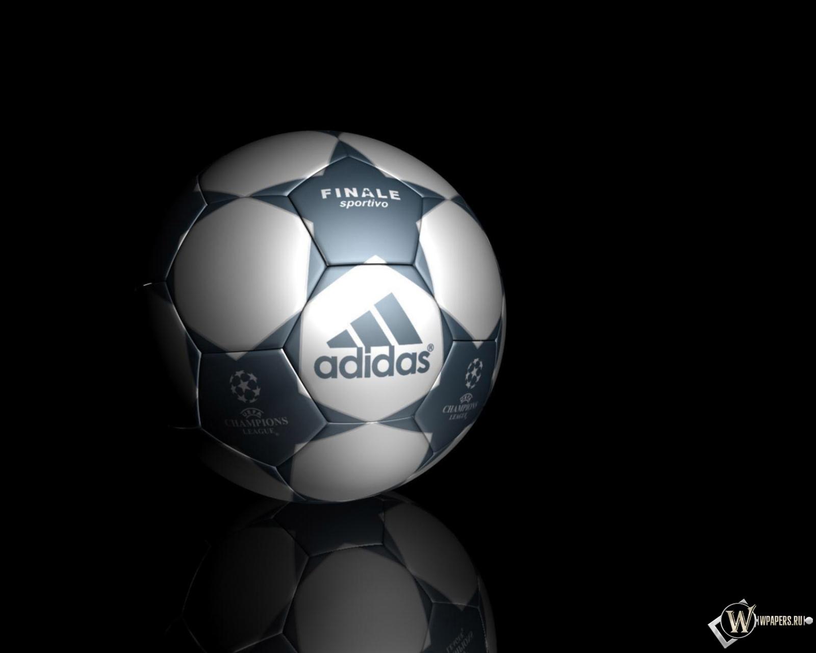 Обои футбольный мяч на рабочий стол с