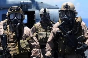 Обои Солдаты: Вертолет, Оружие, Солдаты, Оружие
