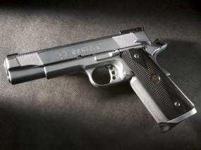 Обои Пистолет: Металл, Пистолет, Оружие