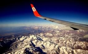 Обои Под крылом самолёта: Горы, Самолёт, Крыло, Авиация
