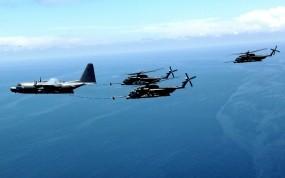 Обои Дозаправка вертолетов в воздухе: Вертолет, Самолёт, Дозаправка, Авиация