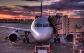 Обои Самолет на погрузке: Восход, Самолёт, HDR, Самолеты