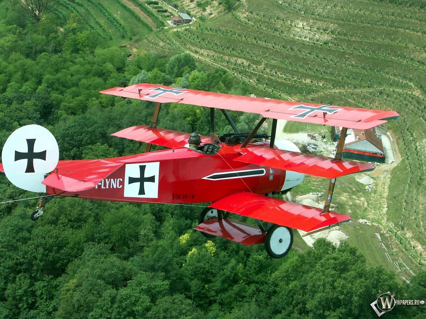Fokker D-VII DR-1 1400x1050
