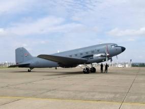 Обои Douglas C-47: Самолёт, Douglas, Самолеты