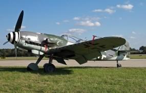Обои Messerschmitt Bf-109G-10: Messerschmitt, Истребители