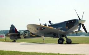 Обои Supermarine Spitfire Mk IX: Supermarine Spitfire, Истребители