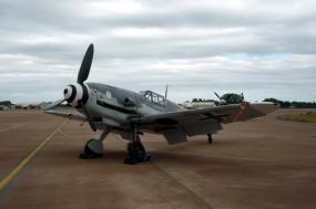 Обои Messerschmitt Bf-109: Messerschmitt, Истребители