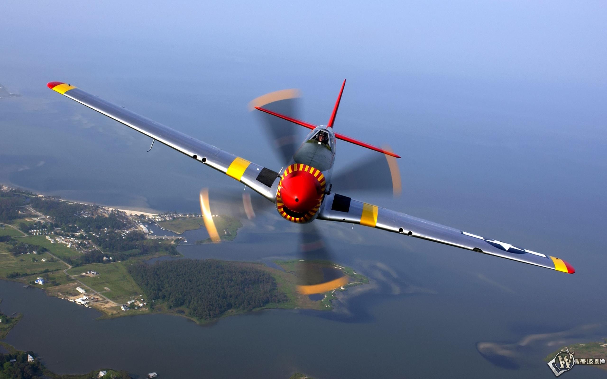 North American P-51 Mustang 2560x1600