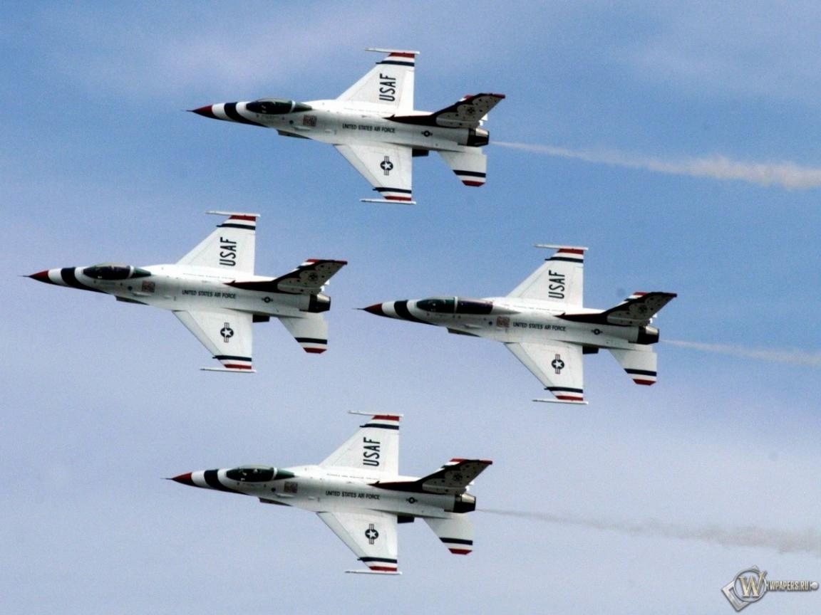 Шоу американских истребителей F-16 1152x864