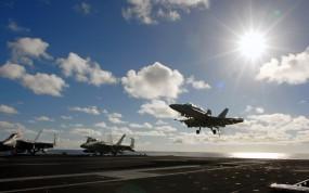 Обои Посадка на авианосец: Облака, Солнце, Истребитель, Посадка, Авианосец, Истребители