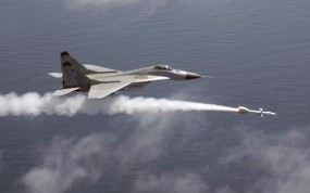 Обои МИГ-29 Пуск ракеты: Полёт, Истребитель, МиГ-29, Истребители