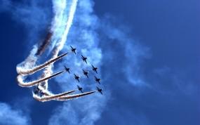 Обои Полет 9-ти истребителей: Свобода, Истребители, Полёт, Небо, Авиашоу, Истребители
