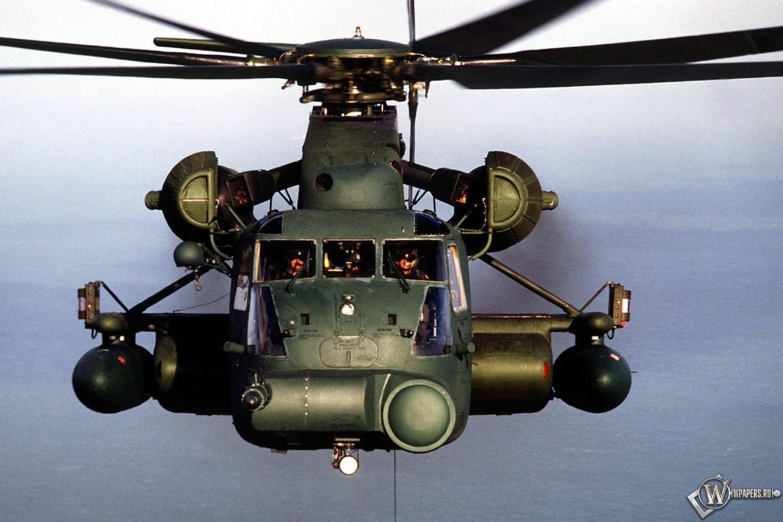 Вертолет 1500x1000
