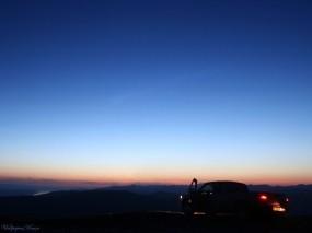 Обои Авто в ночи: Авто, Ночь, Небо, Автомобили