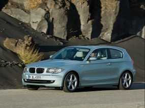 BMW 1 - Series three door (2005)