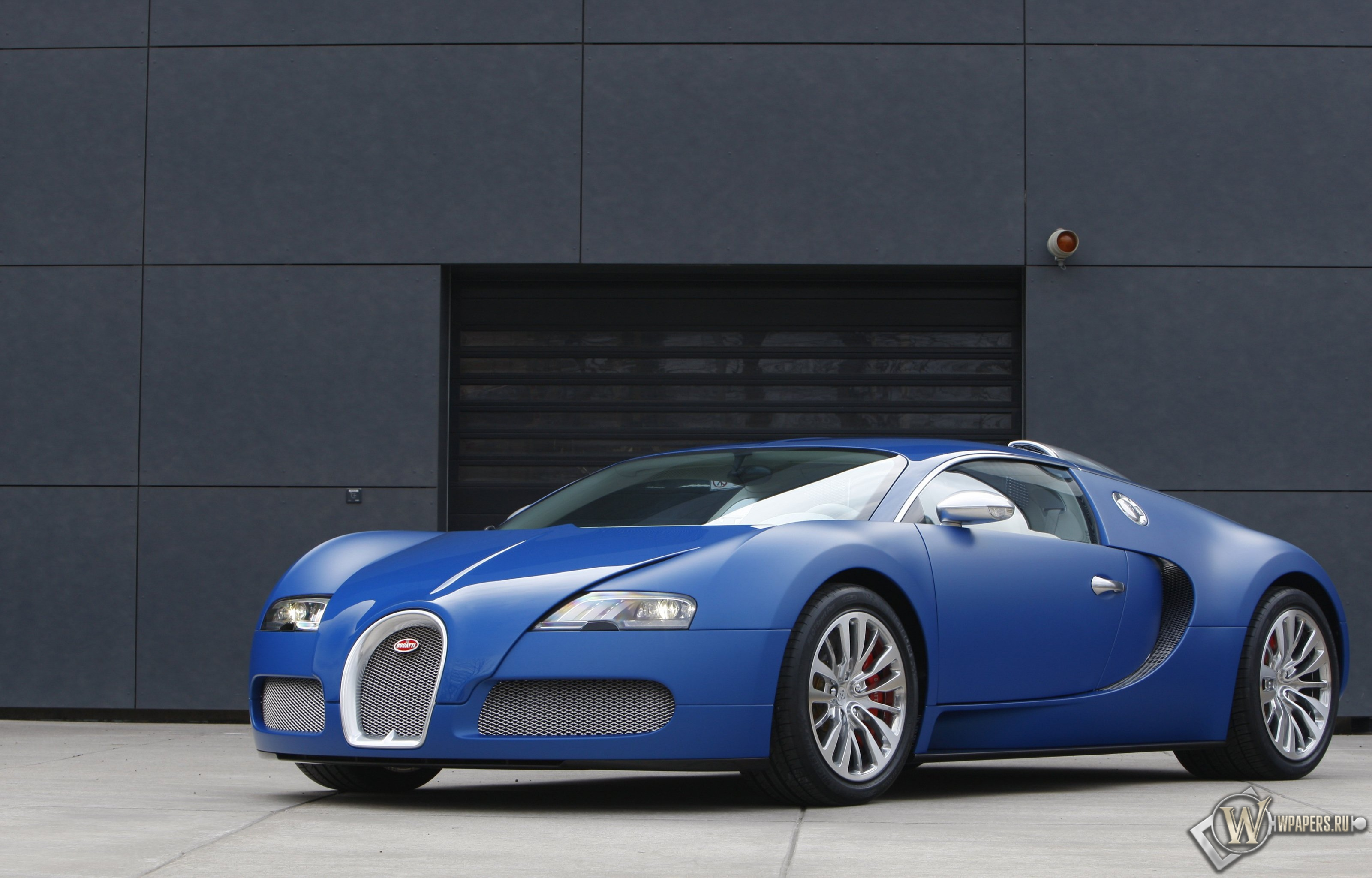 bugatti veyron bleu centenaire 2009. Black Bedroom Furniture Sets. Home Design Ideas