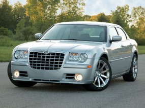 Chrysler 300C SRT-8