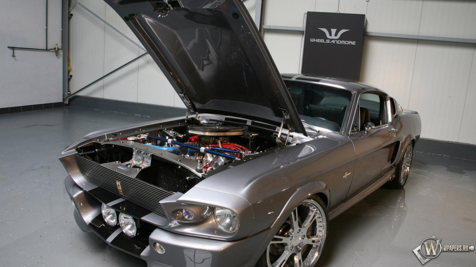 Обои mustang shelby gt500 двигатель гараж