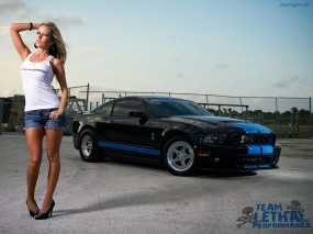 Jessica Barton и Ford Shelby