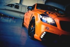 Оранжевый Mercedez CLS