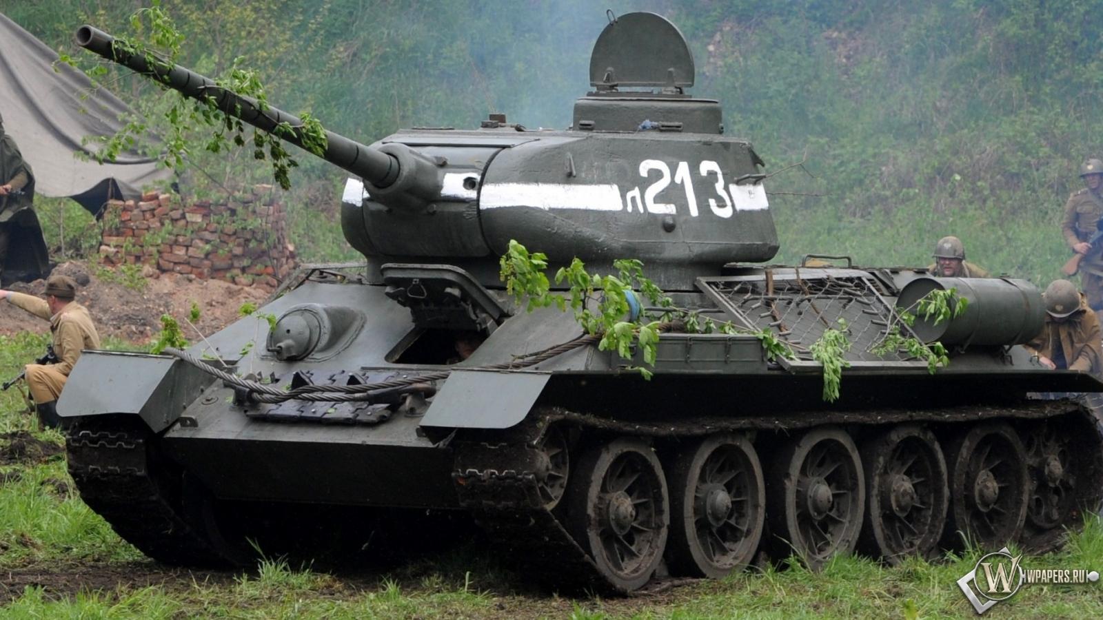 Скачать обои Танк Т 34-85 (Оружие, Танк) для рабочего стола ...