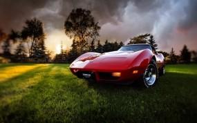 Красное авто