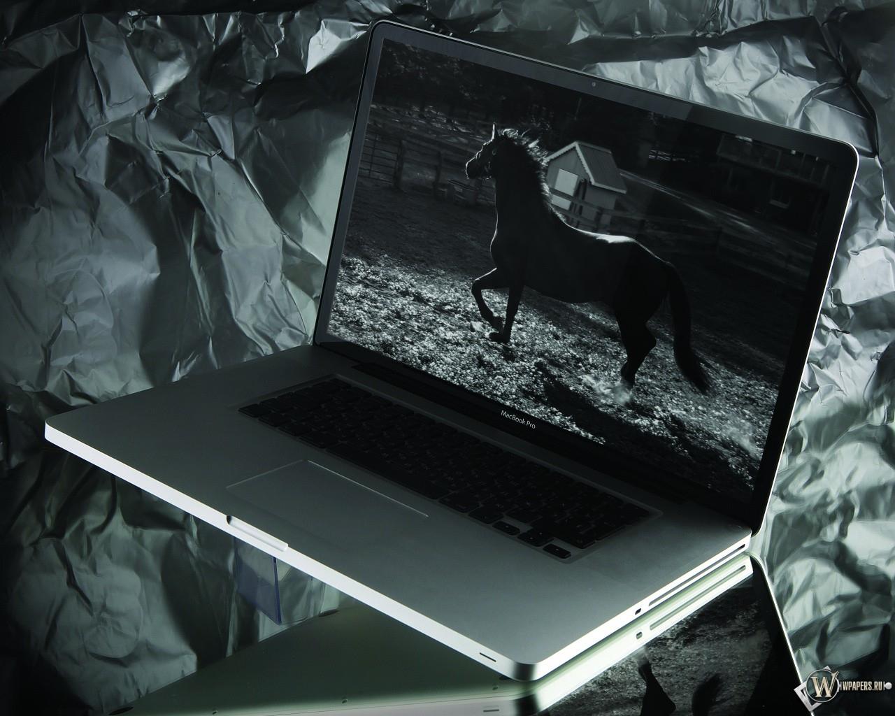 MacBook Pro 1280x1024