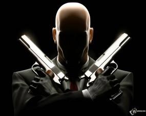 Hitman с оружием