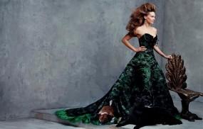 Обои Хилари Суонк (Hilary Swank): Платье, Стул, Hilary Swank, Девушки