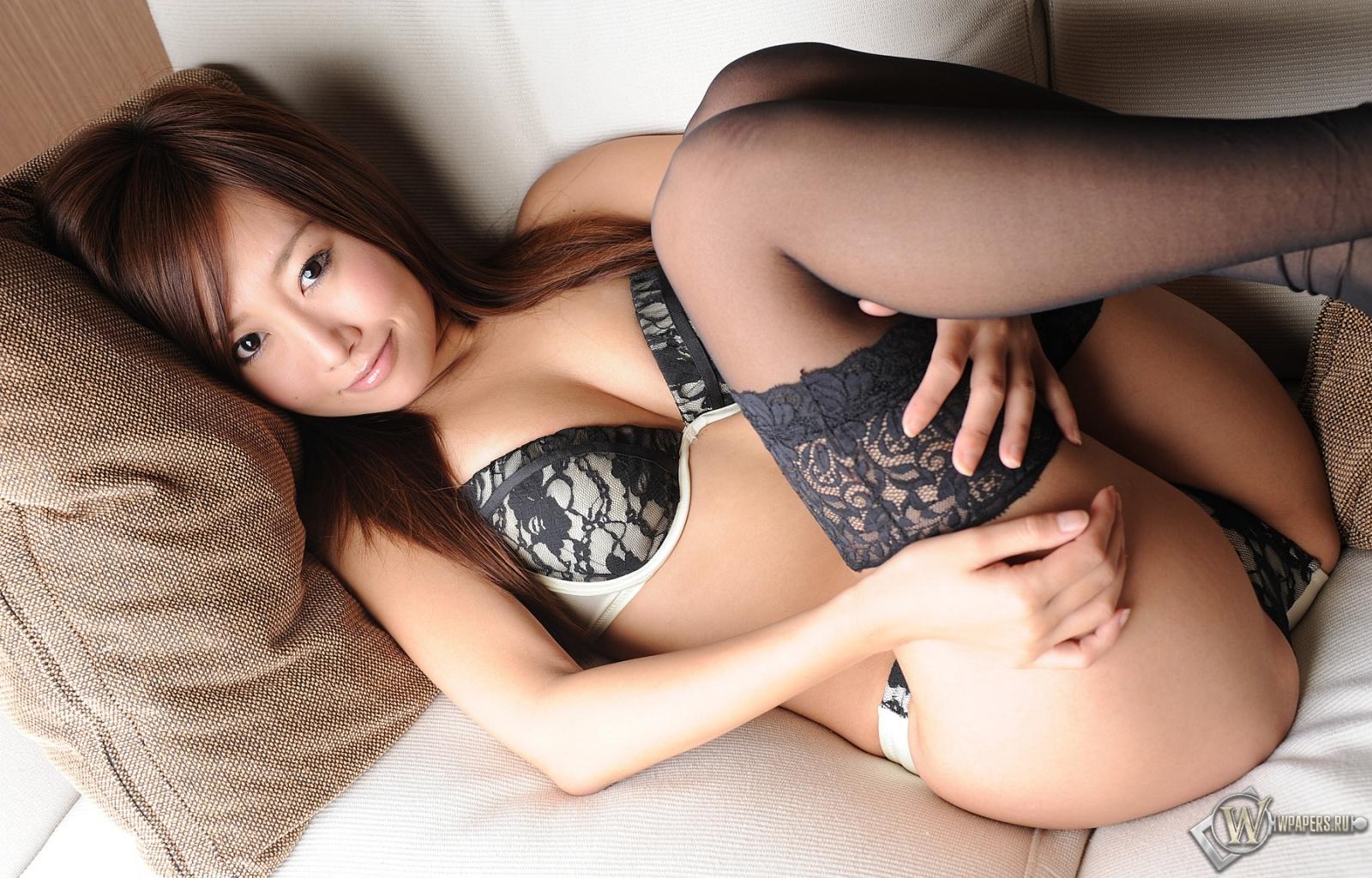Фото большой японок жопе 28 фотография