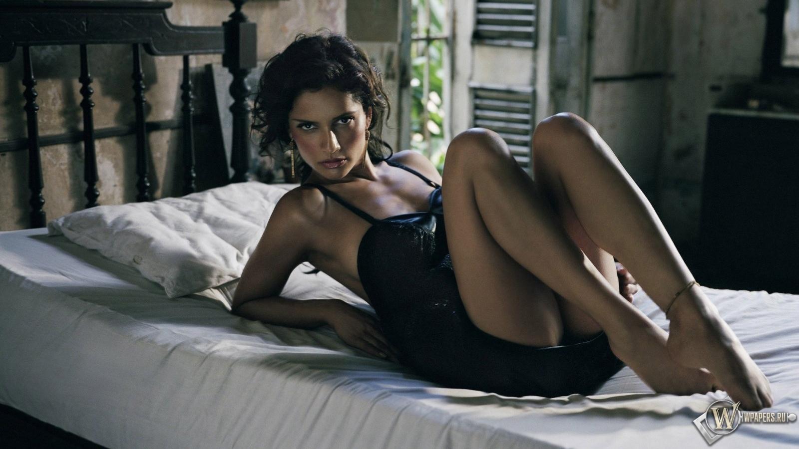 Русские женщины в спальне 27 фотография