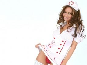 Обои Сексуальная медсестричка: Халатик, Красные трусики, Скорая помощь, Девушки