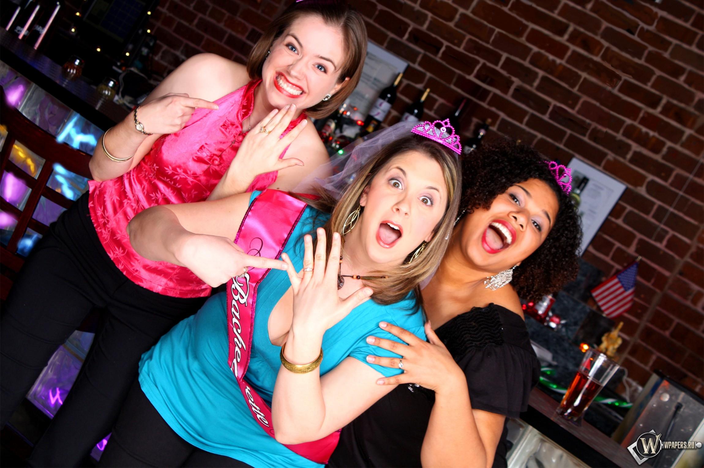 Приколы про девушек пьяных в хлам 26 фотография