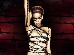 Обои Rihanna: Певица, Цепи, Rihanna, Рианна, Девушки