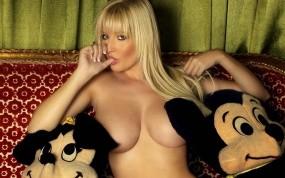 Обои Michelle Marsh: Блондинка, Michelle Marsh, Мягкие игрушки, Девушки