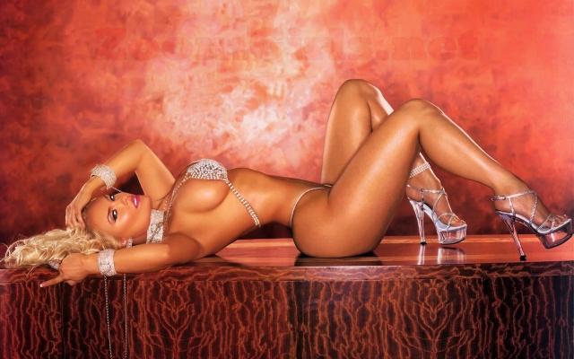 Nicole Coco Austin (Coco T)