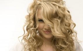 Обои Taylor Swift: Взгляд, Кудри, Волосы, Taylor Swift, Девушки