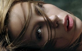 Обои Kate Beckinsale: Взгляд, Губки, Волосы, Kate Beckinsale, Девушки