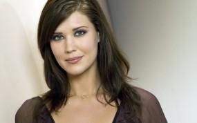 Обои Sarah lancaster: Красавица, Симпотяжка, Sarah lancaster, Девушки