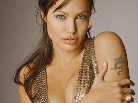 Обои Angelina Jolie: Взгляд, Сиськи, Angelina Jolie, Татуировка, Angelina Jolie