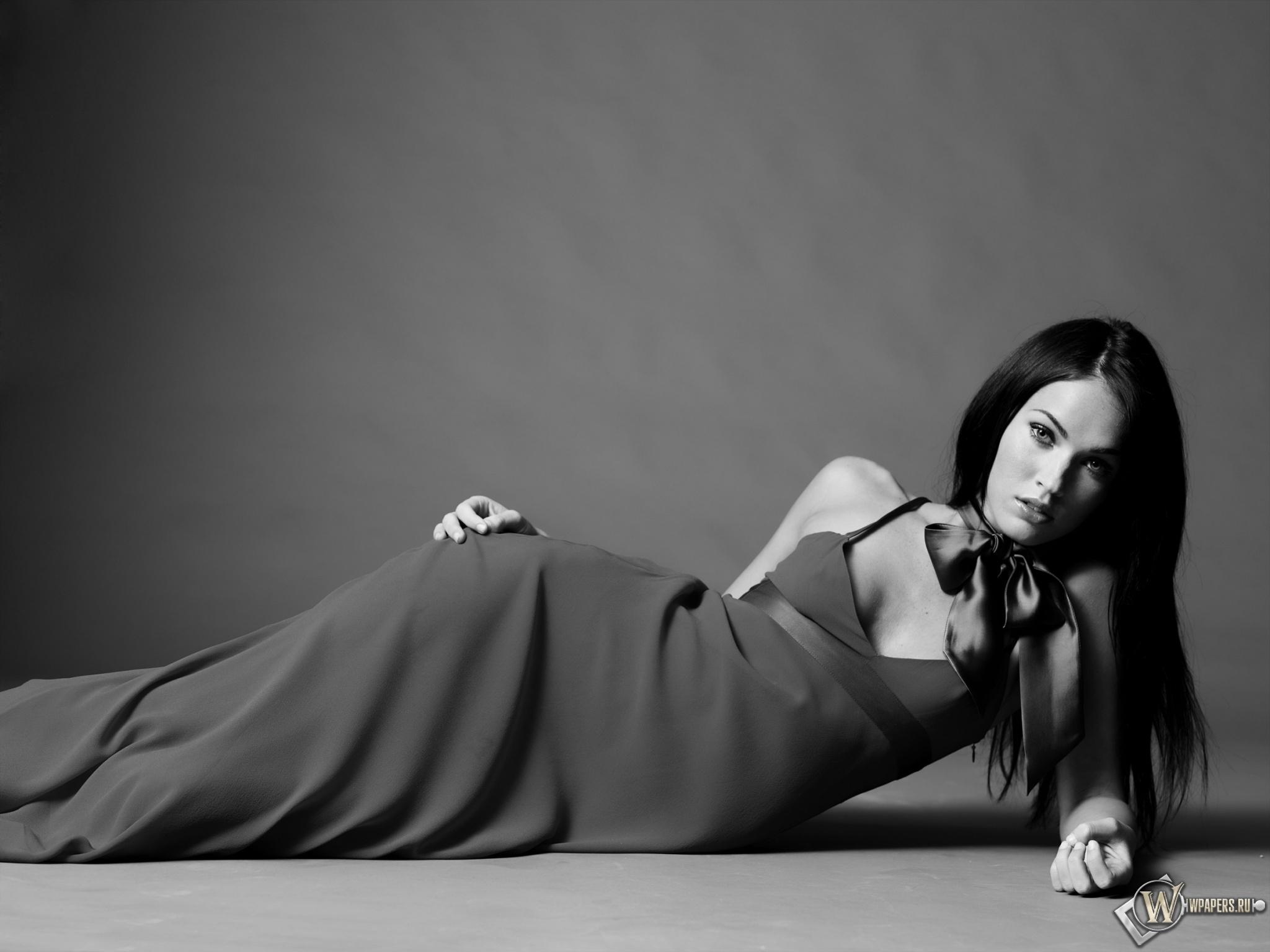 Megan Fox  2048x1536