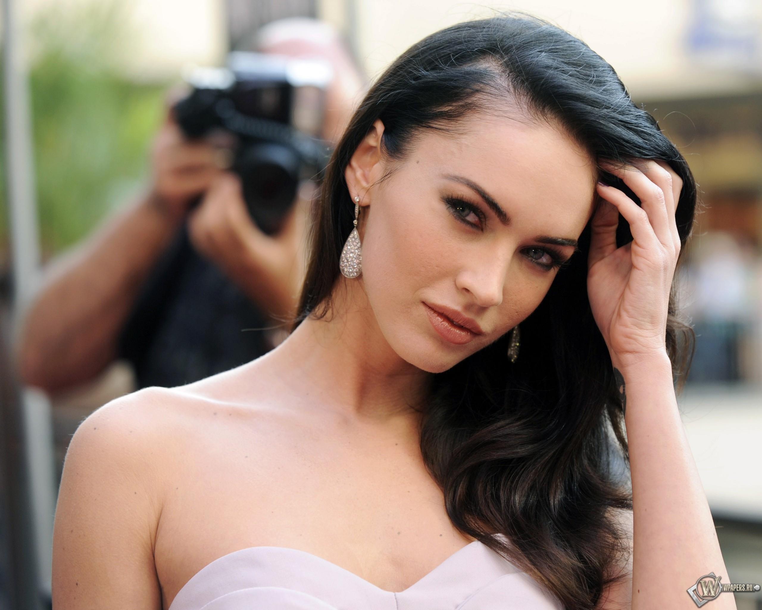 Megan Fox 2560x2048