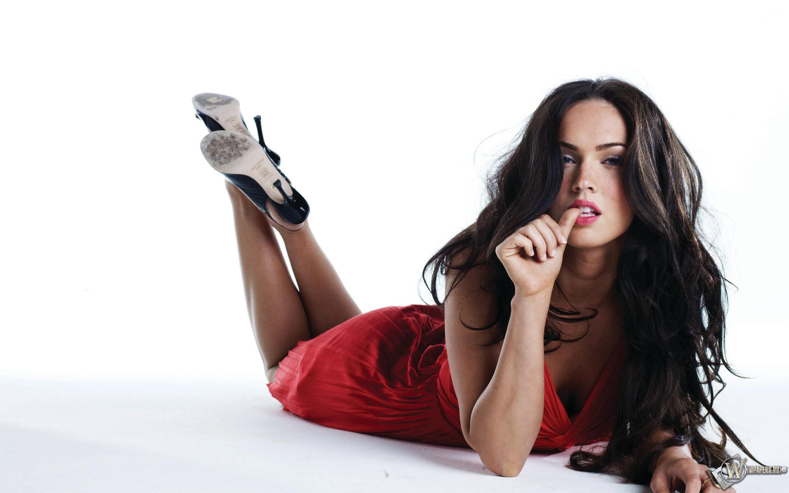 Megan Fox 2560x1600