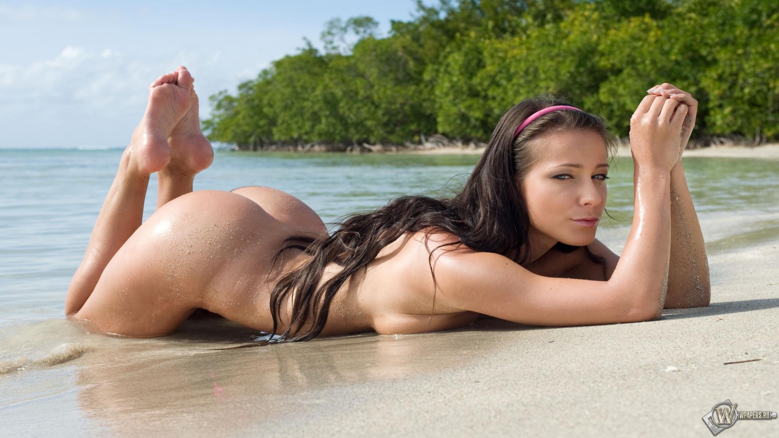 Эротические пляжные фото девушек 6 фотография