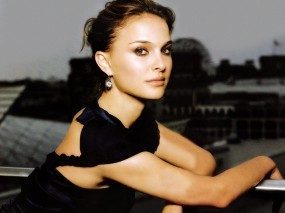 Обои Natalie Portman: Взгляд, Натали Портман, Natalie Portman, Natalie Portman