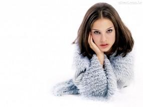 Обои Natalie Portman: Белый фон, Натали Портман, Natalie Portman, Natalie Portman
