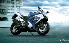 Обои Синий мотоцикл сузуки: , Suzuki